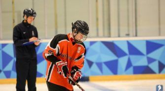 Maree Dijkema Face-Off ijshockey