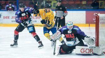 Tilburg Trappers Moskitos Essen ijshockey Face-Off
