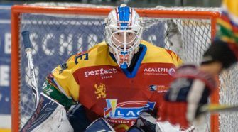 Laco Eaters Geleen Red Eagles Den Bosch ijshockey Face-Off