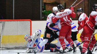 HYC Herentals Unis Flyers Heerenveen ijshockey Face-Off