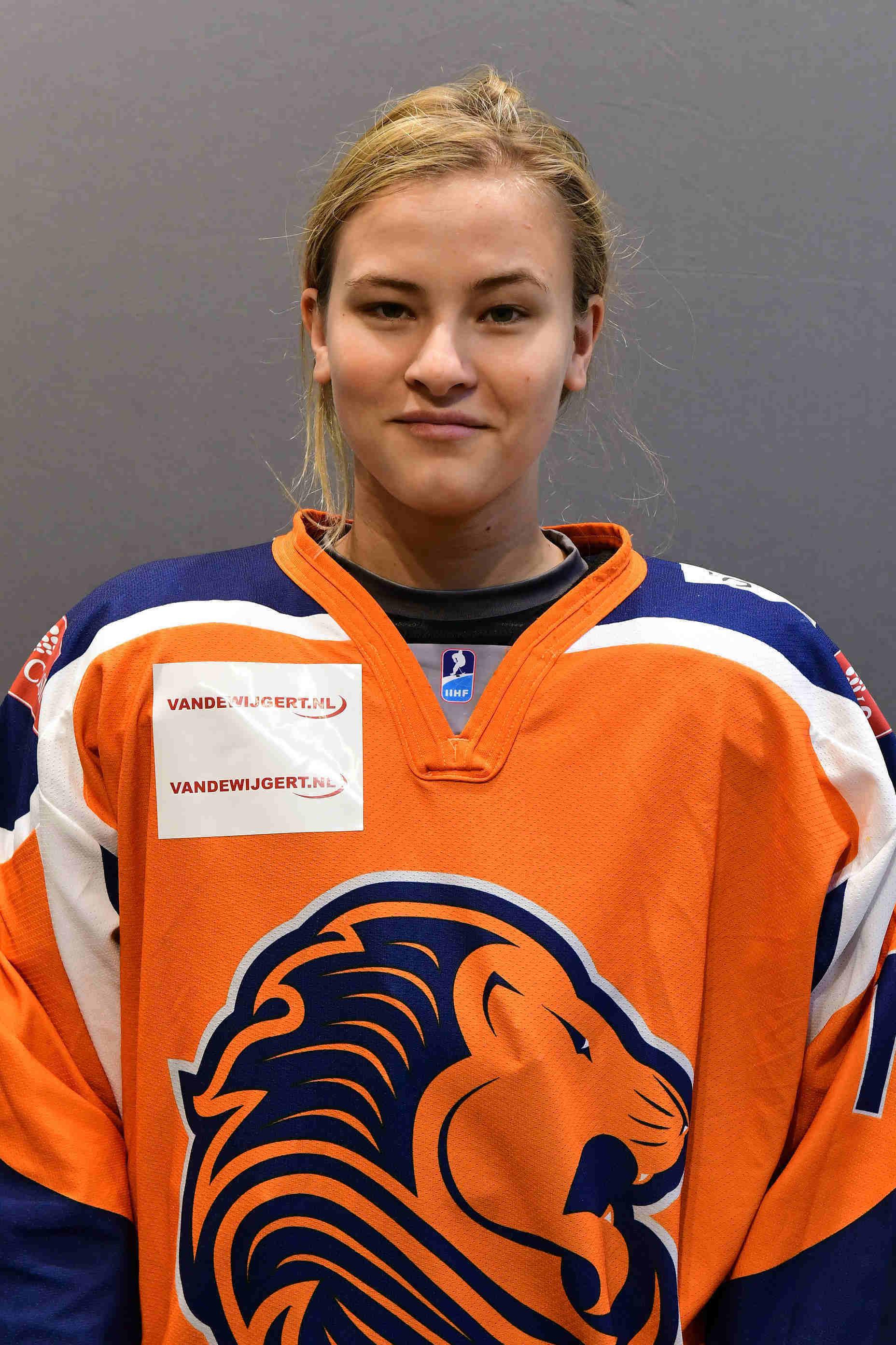 Stevie van Onna Nederland U18 ijshockey Face-Off