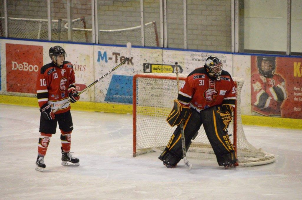 Red Eagles Den Bosch Zoetermeer Panters IJshockey Face-Off