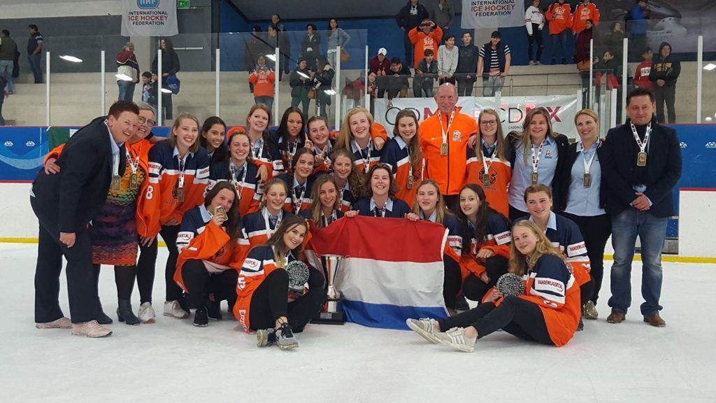 U18 dames Mexico IJshockey Face-Off