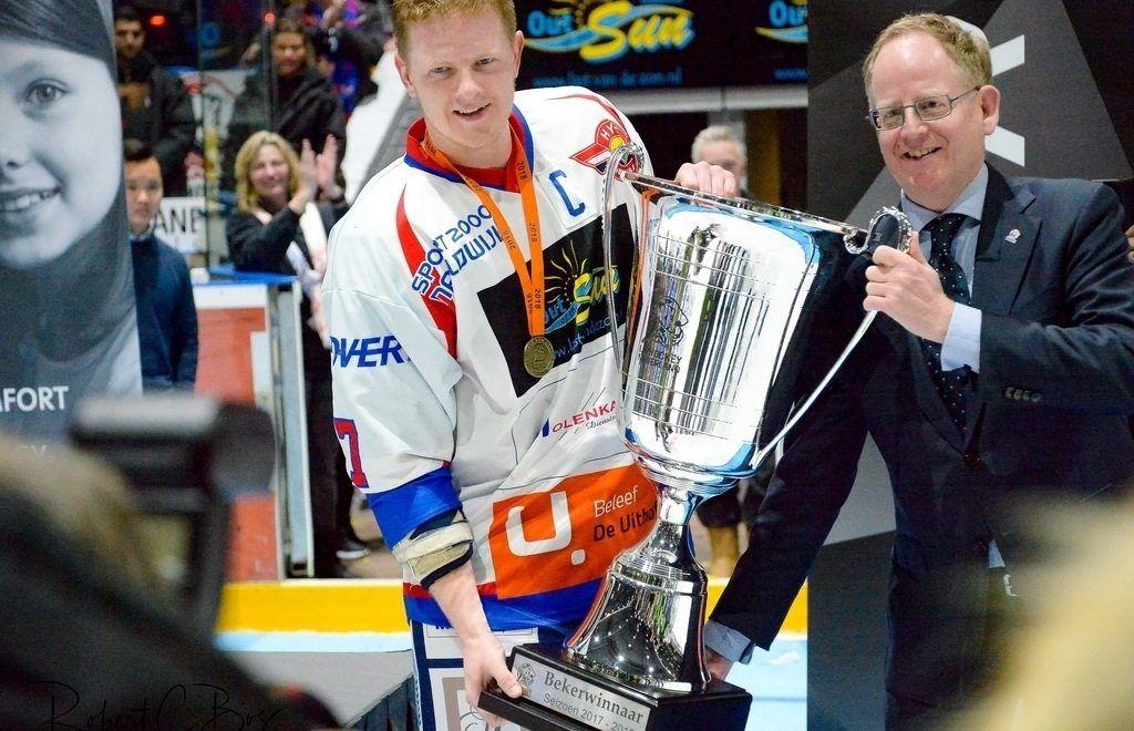 HIJS Hokij Den Haag Beker IJshockey Face-Off