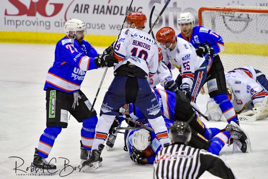 UNIS Flyers Heerenveen AHOU Devils Nijmegen Face-Off Final Four