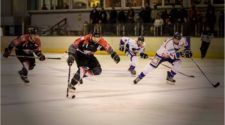 Chiefs Leuven HIJS Hokij Den Haag ijshockey Face-Off