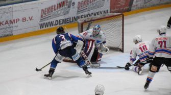 HIJS Hokij Den Haag Unis Flyers Heerenveen Face-Off IJshockey Bene League