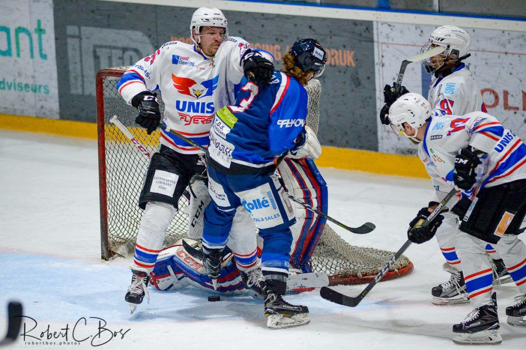 HIJS Hokij Den Haag UNIS Flyers Heerenveen BeNe League Face-Off IJshockey