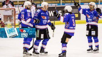 UNIS Flyers Heerenveen UNIS Group Face-Off IJshockey