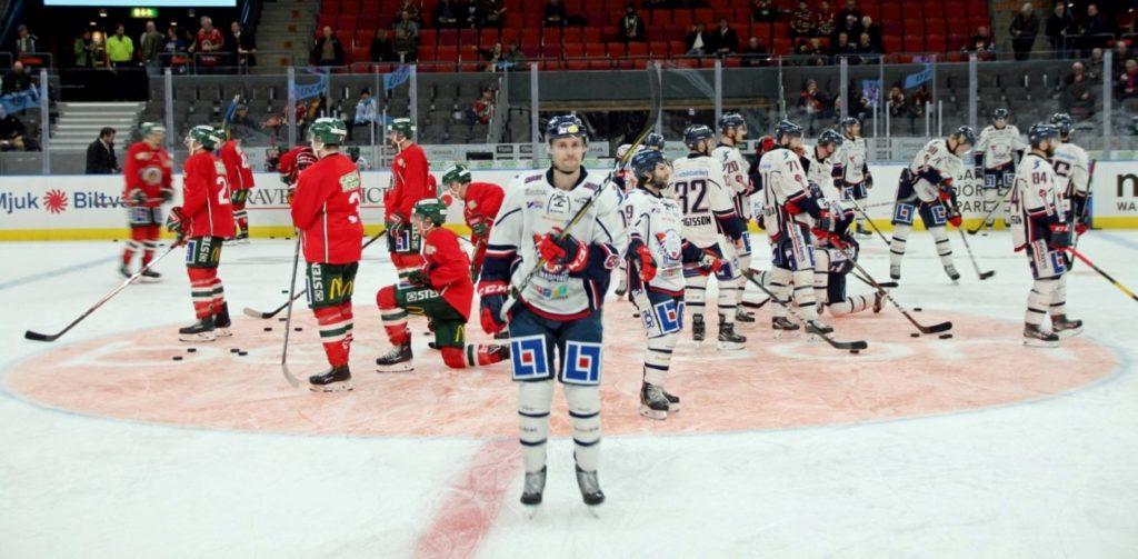 Frölunda Indians en Linköping HC tijdens de warming up