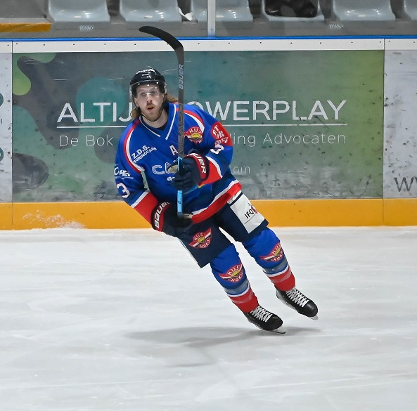 Joey Oosterveld CAIROX HIJS Hokij IJshockey