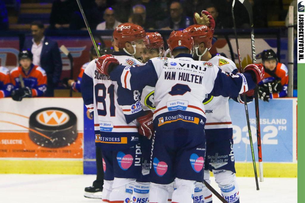 UNIS Flyers Heerenveen Select 4-u Nijmegen IJshockey